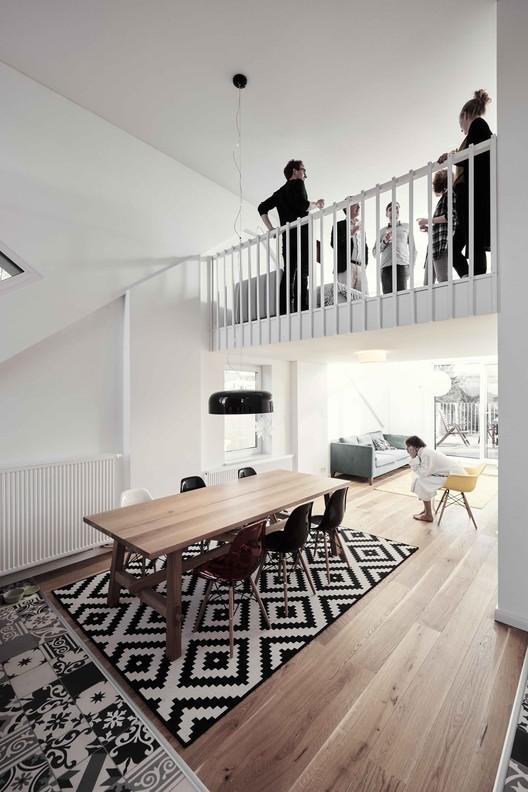 house chapeau wirth architekten archdaily. Black Bedroom Furniture Sets. Home Design Ideas