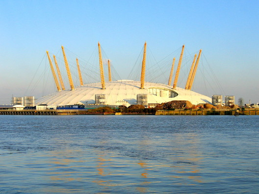 Millennium Dome. Image © <a href='https://www.flickr.com/photos/jamesjin/58712717/'> Flickr user James Jin</a> licensed under <a href='https://creativecommons.org/licenses/by-sa/2.0/'>CC BY-SA 2.0</a>