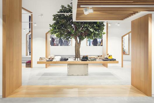 Tienda Sketch Concept / PAUZARQ Arquitectos. Image Cortesía de Premio Peña Ganchegui