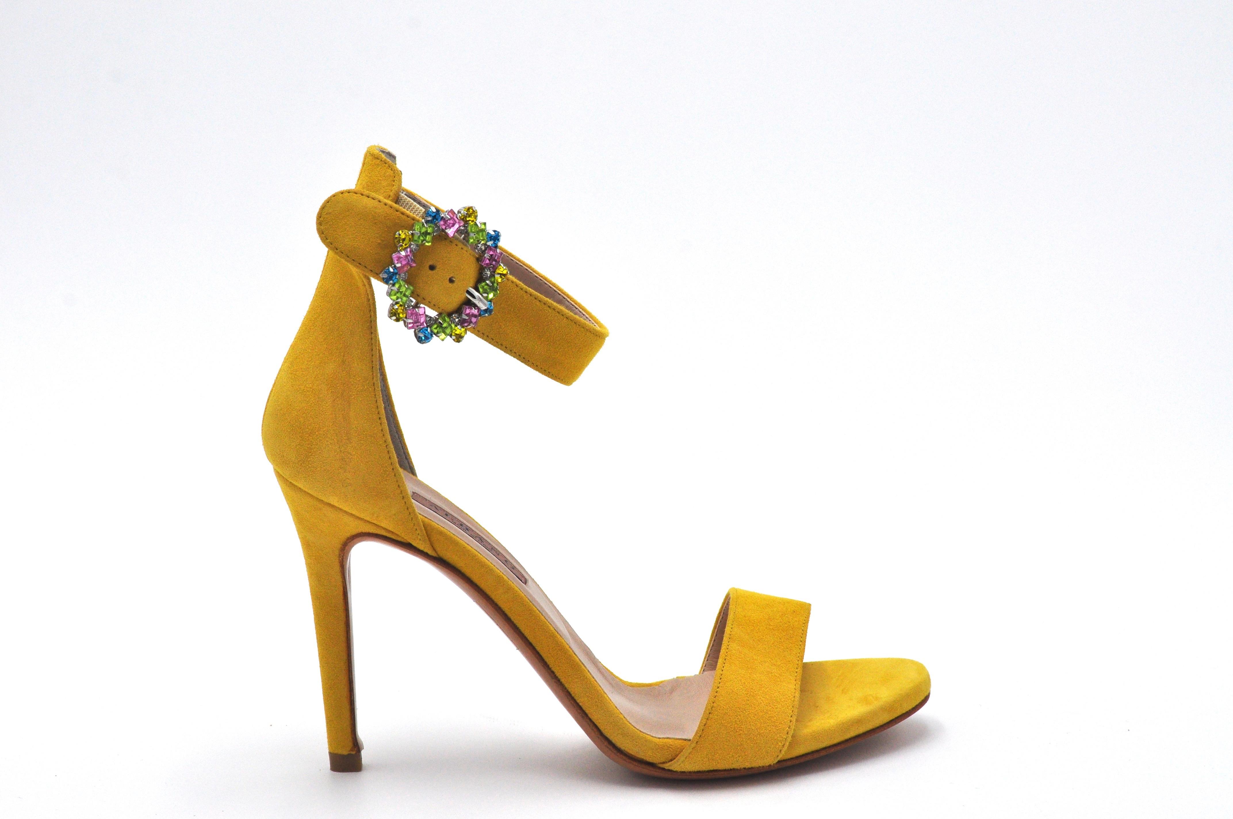 Sandalo giallo con accessorio ALBANO | Sandali | 4166CAMOSCIOLIMO