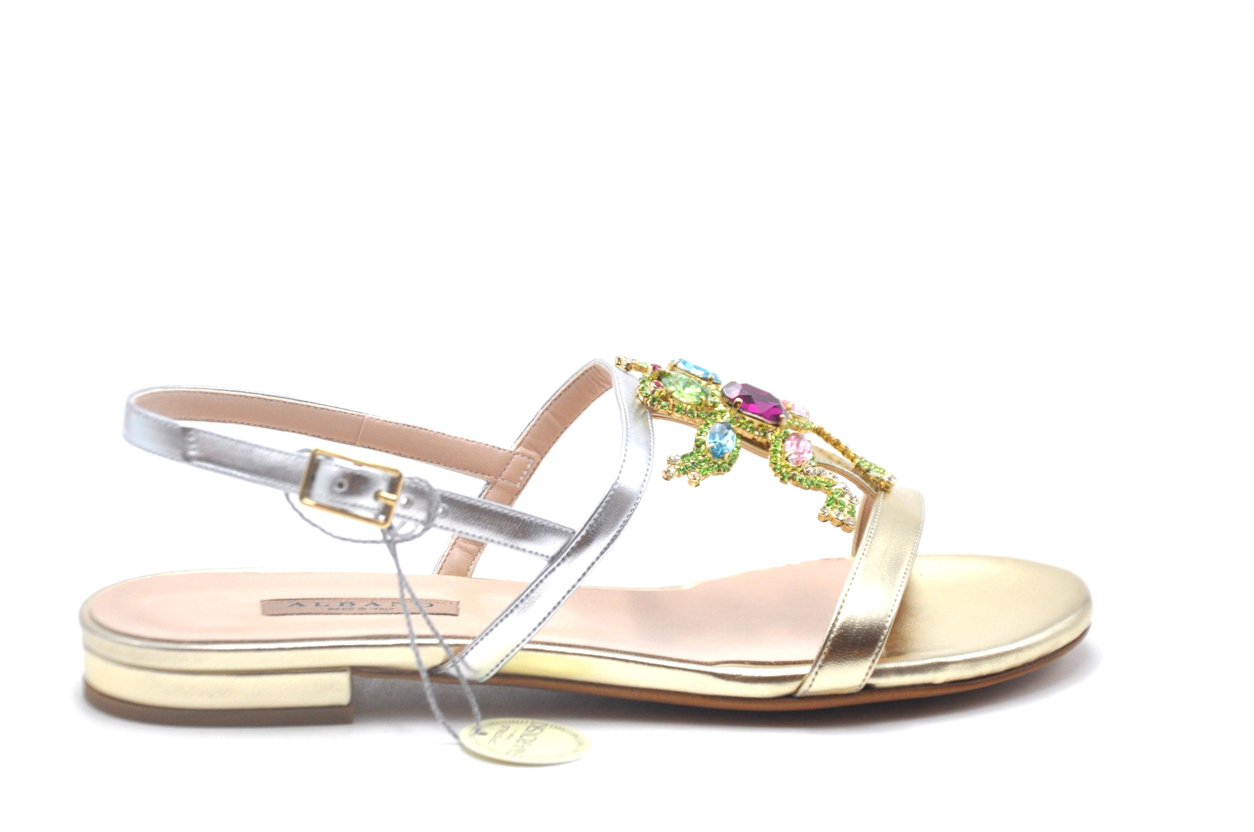 Sandalo con accessorio rana ALBANO | Sandali | 4263METALPLATINO