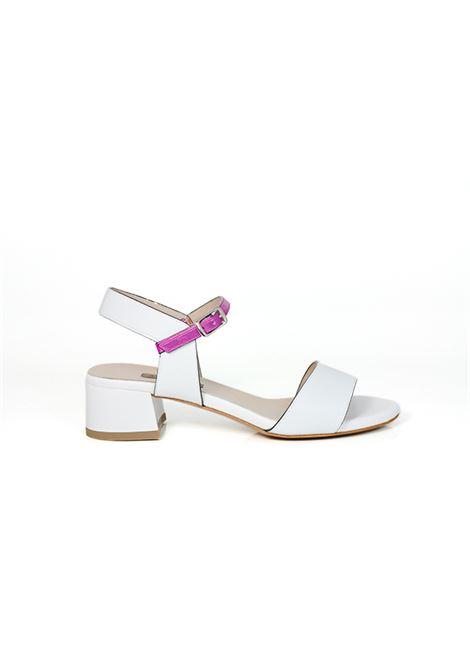 Sandalo bianco e fuxia ALBANO | Sandali | 2196KUTBIANCO