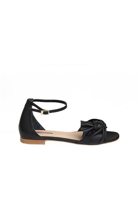 Sandalo nero con nodo ALBANO | Sandali | 4133NERO