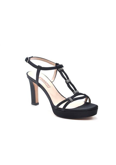 Sandalo in raso nero ALBANO | Sandali | 4255RASONERO