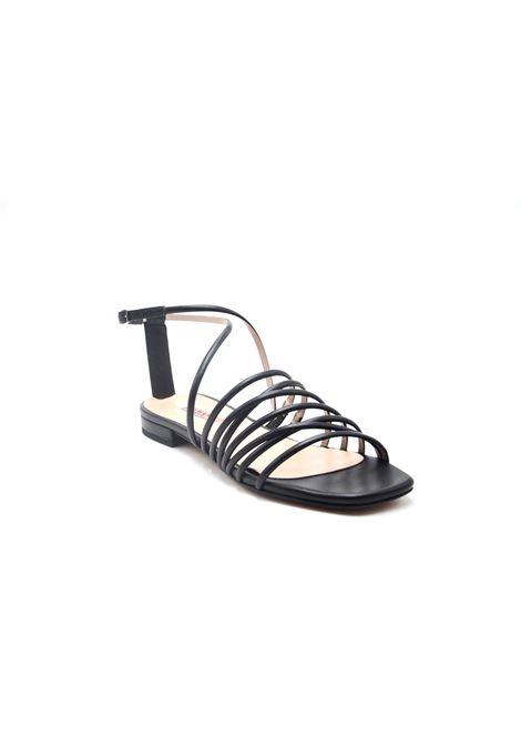 Sandalo nero intrecciato ALBANO | Sandali | 8100SOFTNERO