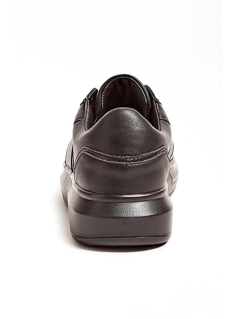 SNEAKER SALERNO VERA PELLE GUESS | Sneakers | FM7SAIFAL12BLACKGREY