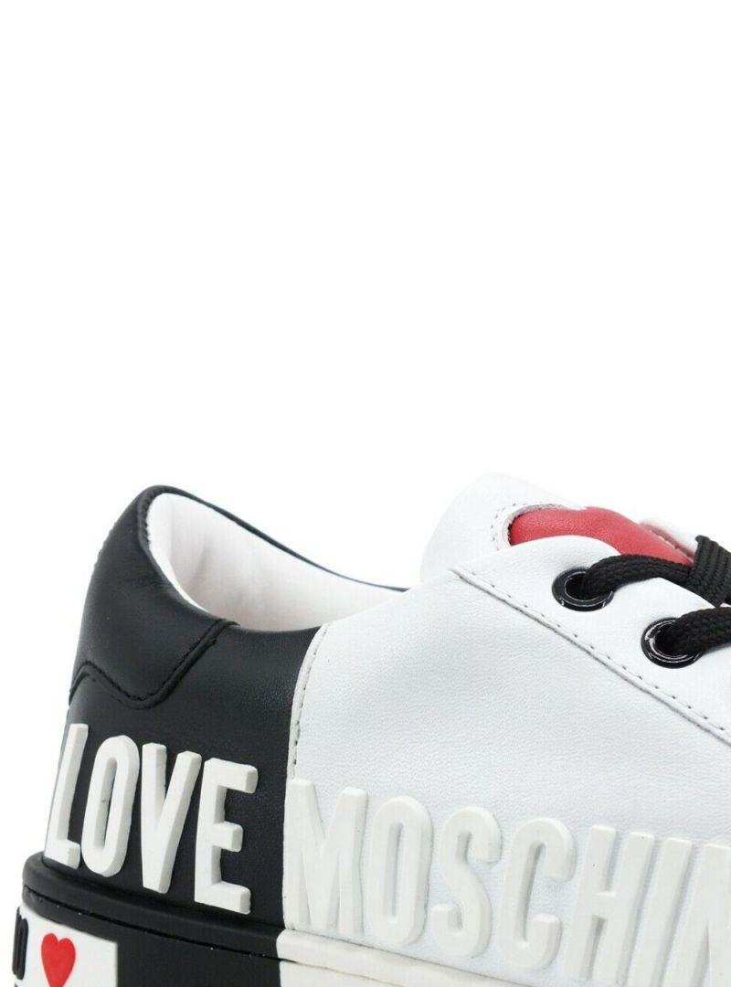 SNEAKER BIANCA E NERA LOVE MOSCHINO | Sneakers | JA15123G1CIA110AVITBIANCONERO