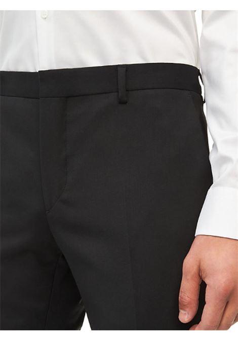 PANTALONE BI-STRETCH SUIT CALVIN KLEIN | Pantalone | K10K104227TRAVELBDSCALVINBLACK