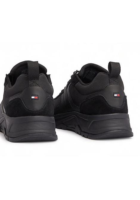 SNEAKERS FASHION IN MATERIALI MISTI TOMMY HILFIGER | Sneakers | FM0FM02389FASHIONMIX990BLACK
