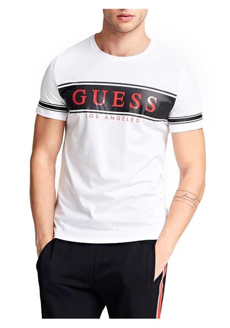 T-SHIRT CON LOGO FRONTALE GUESS | T-shirt | M01I84K8HM0S07FWHITEANDSTRIPEBLACK