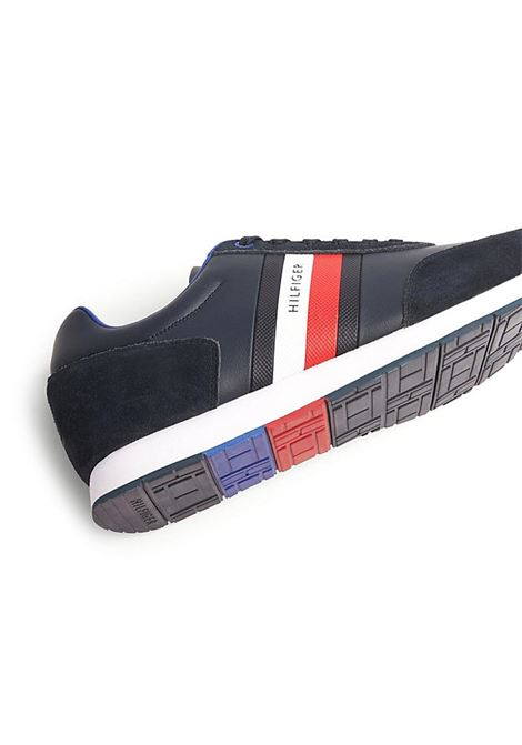 SNEAKERS CORPORATE LEATHER FLAG RUNNER TOMMY HILFIGER | Sneakers | FM0FM02602DW5DESERTSKY