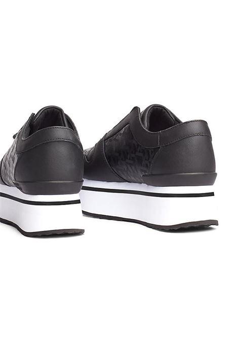 SNEAKERS IN JAQUARD PLATFORM TOMMY HILFIGER | Sneakers | FW0FW04680BDSBLACK