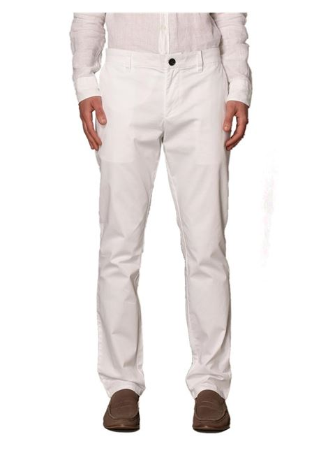 PANTALONE CHINO IN COTONE STRETCH AX ARMANI EXCHANGE | Pantalone | 8NZP20ZNMTZ1100BIANCO