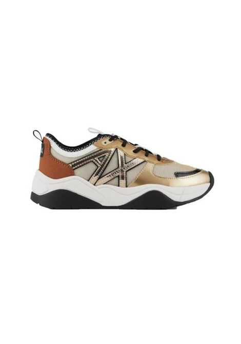 SNEAKERS CON LOGO AX ARMANI EXCHANGE | Sneakers | XDX039XV394K652GOLDDARK