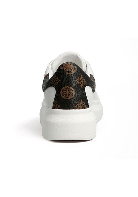SNEAKER SALERNO VERA PELLE LOGO GUESS | Sneakers | FL7SALFAL12WHIBR