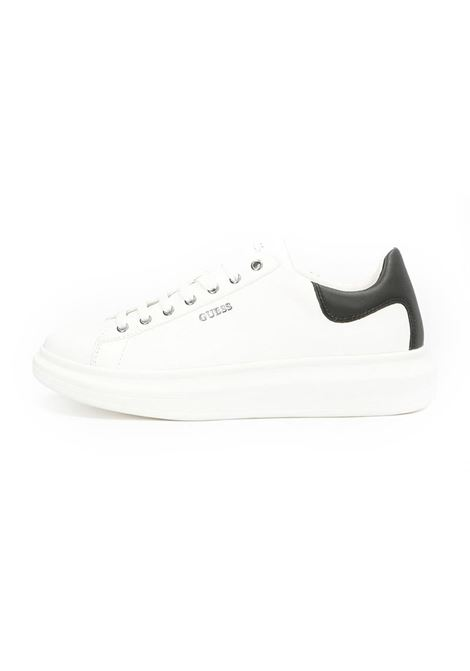 SNEAKER SALERNO VERA PELLE GUESS | Sneakers | FM5SLRLEA12WHBLK