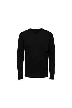 Selected | 7 | 16070137BLK