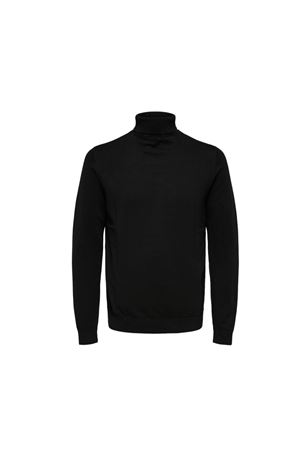 Selected | 7 | 16074684BLK