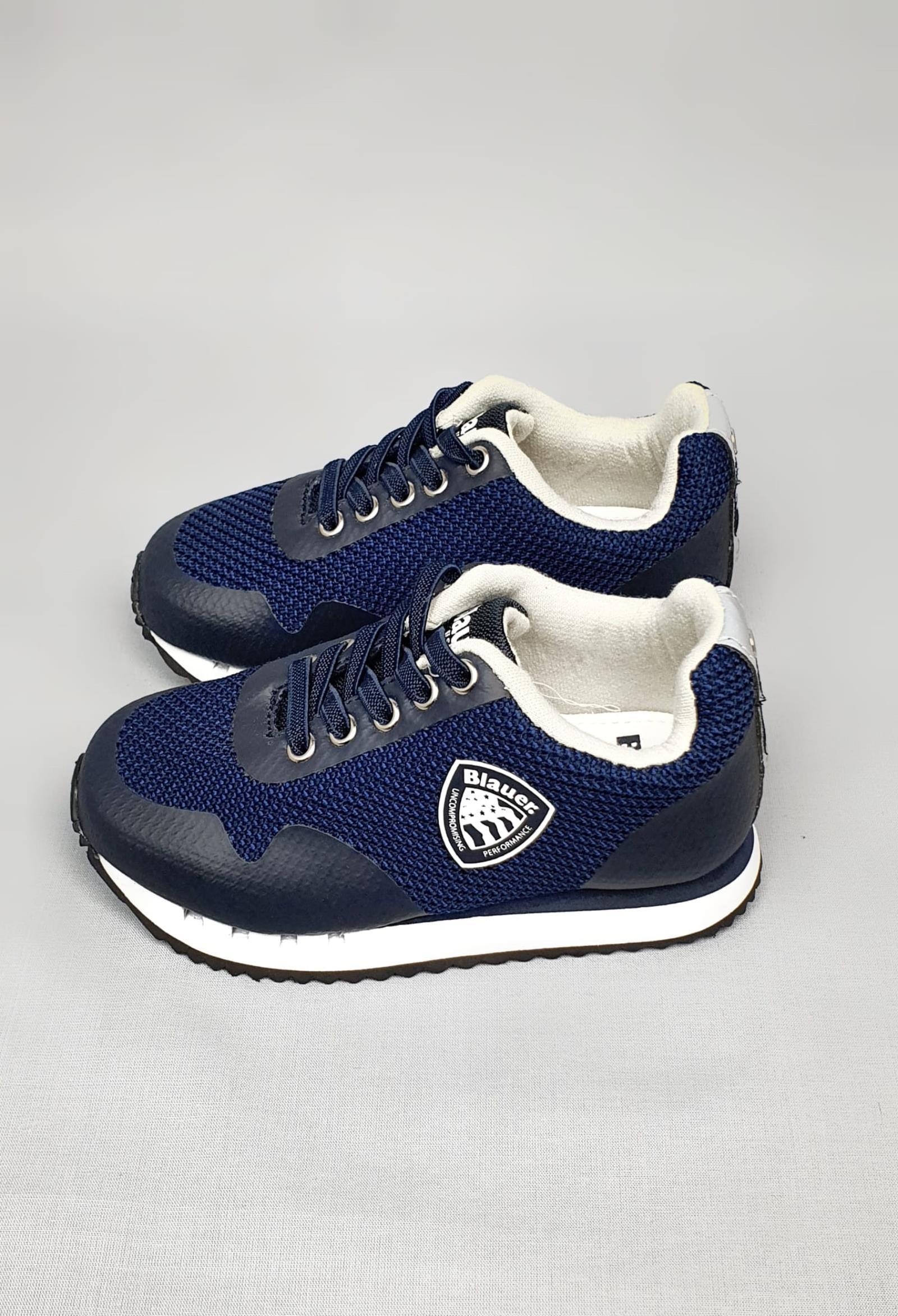 sneakers blu in pelle e tela con logo laterale blauer.   Scarpe   S1DASH01MESBLU