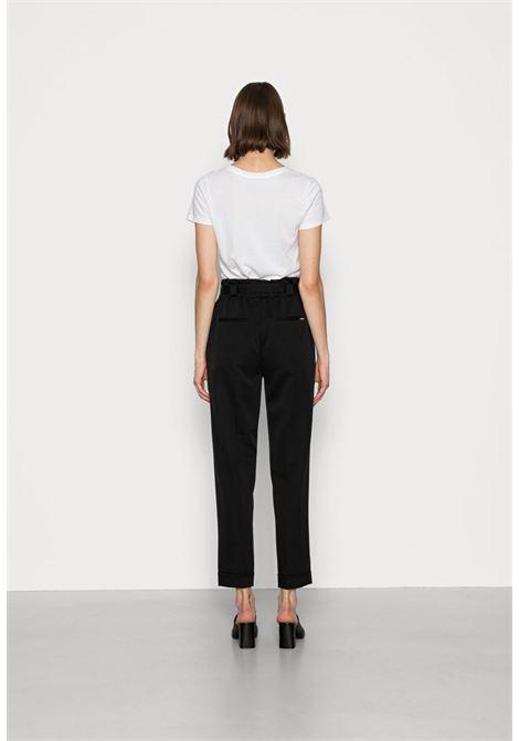 pantalone classico nero GUESS   Pantaloni   W1BB14W5D20NERO