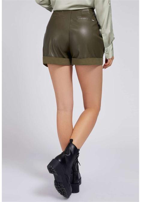 Pantaloncino verde GUESS | Gonna e Shorts | W1YD49WE0C0VERDE