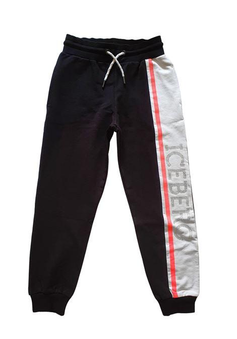 pantaloni in felpa neri con logo stampato su gamba sinistra iceberg | Pantaloni | PFICE1150JNERO