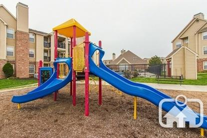 Image of The Reserve at Lenexa Apartments
