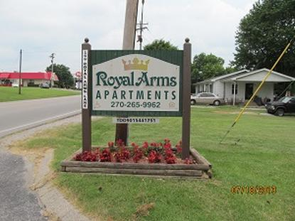 Image of Royal Arms Apartments in Elkton, Kentucky