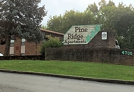 Image of Pine Ridge Apartments in Knoxville, Tennessee
