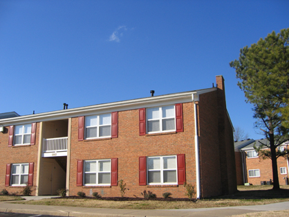 Image of Hunters Point Apartments I in Chesapeake, Virginia