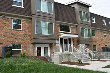 Image of Wexford Manor Apartments in Falls Church, Virginia