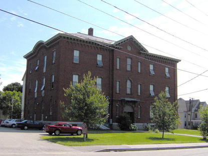 Image of Frye School Housing in Lewiston, Maine