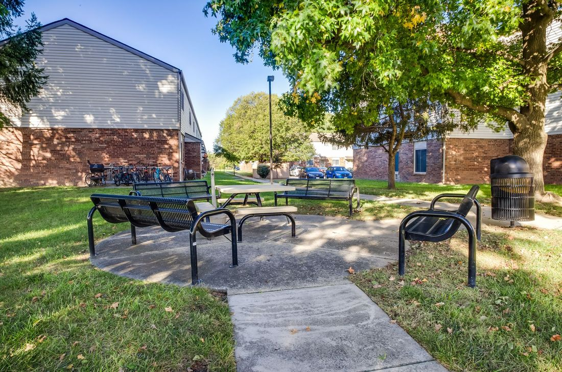 Image of Town and Country Apartments ( Ihda ) in Granite City, Illinois