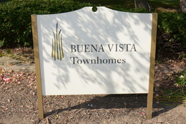 Image of Buena Vista Townhomes in Elgin, Illinois