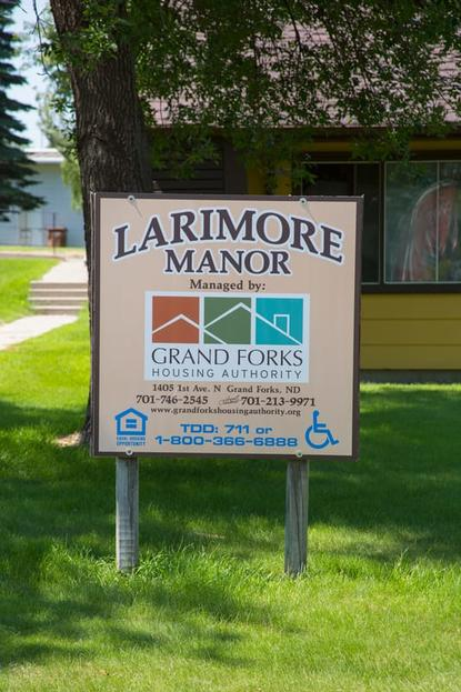 Image of Larimore Manor