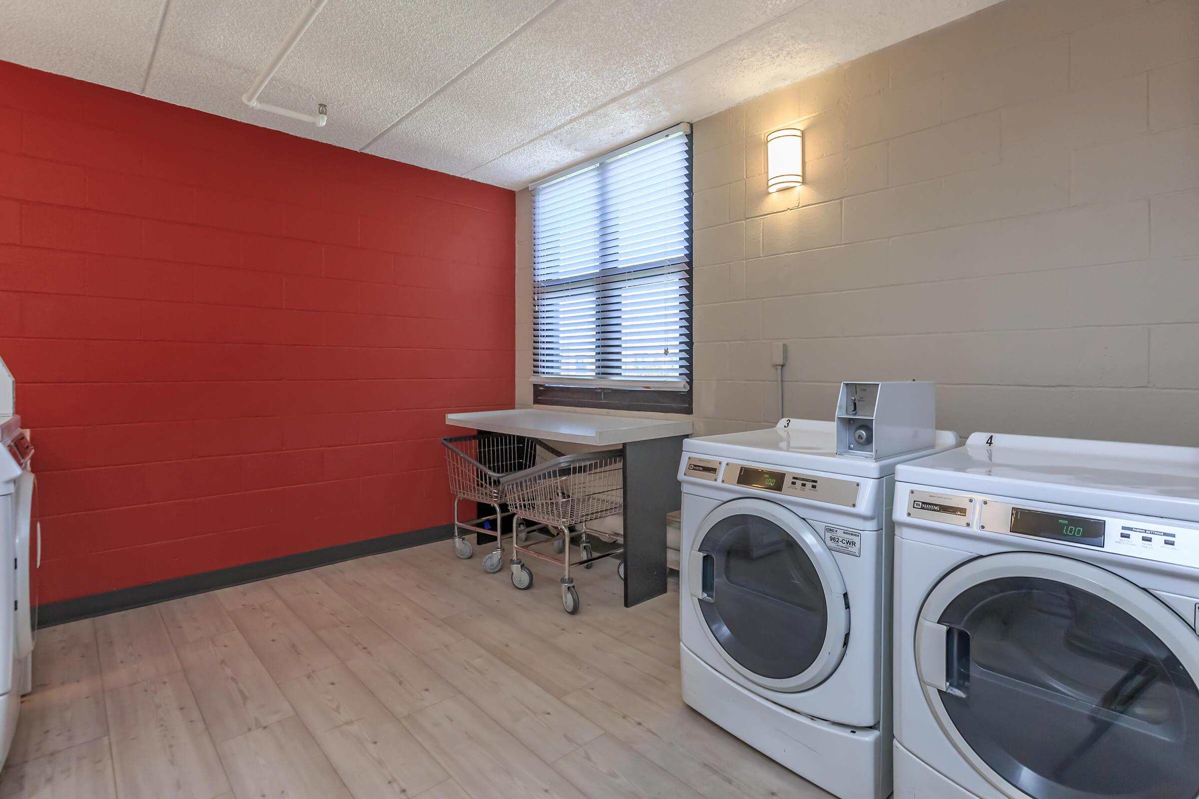 Linwood Square   Fort Worth, TX Low Income Apartments