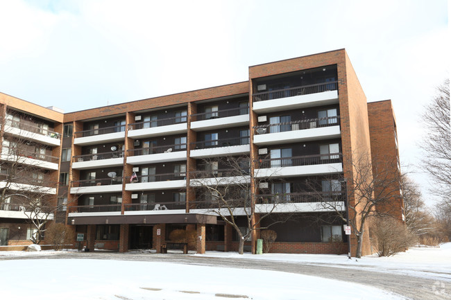 Image of Tamarack Apartments in Holt, Michigan