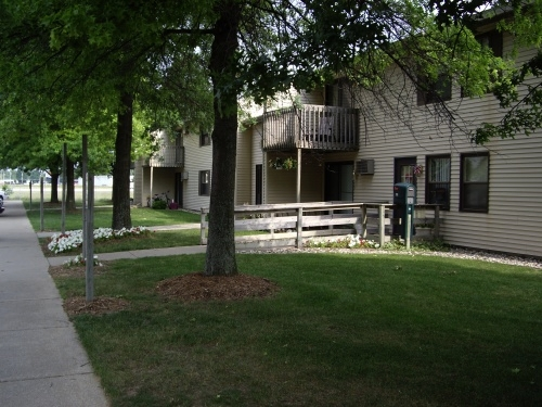 Image of West Town Apartments in Plainwell, Michigan