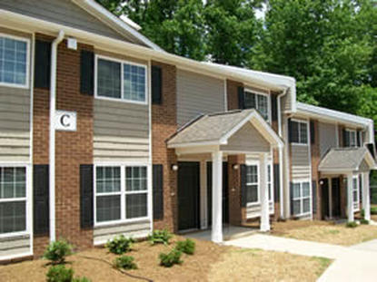 Image of Woodcrest Apartments in Lenoir, North Carolina