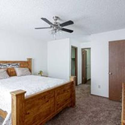 Image of Buttonwood Tree Apartments