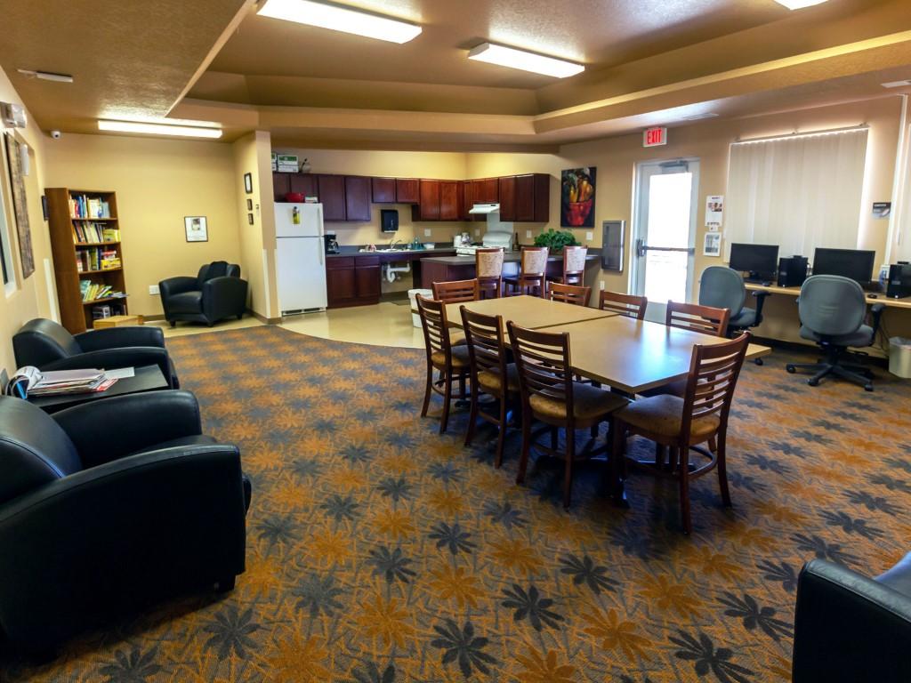 Image of Mendota Creek Apartments