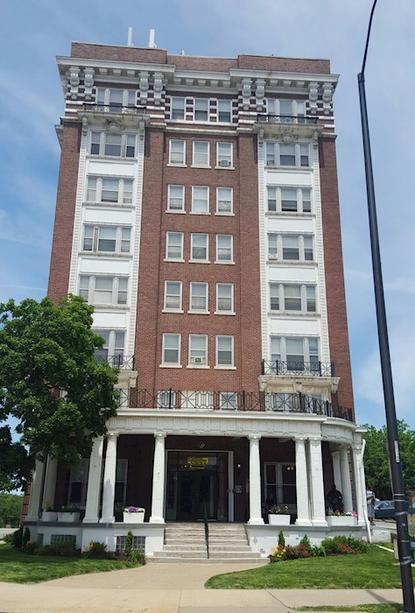 Image of St Regis Apartments