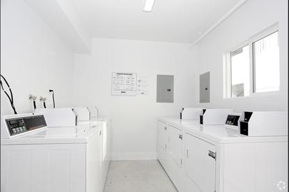 Image of Azusa Park Apartments