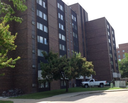 Image of Parkside Highrise Apartments in Madison, Wisconsin