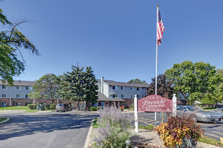 Image of Fireside Commons Apartments in Neenah, Wisconsin