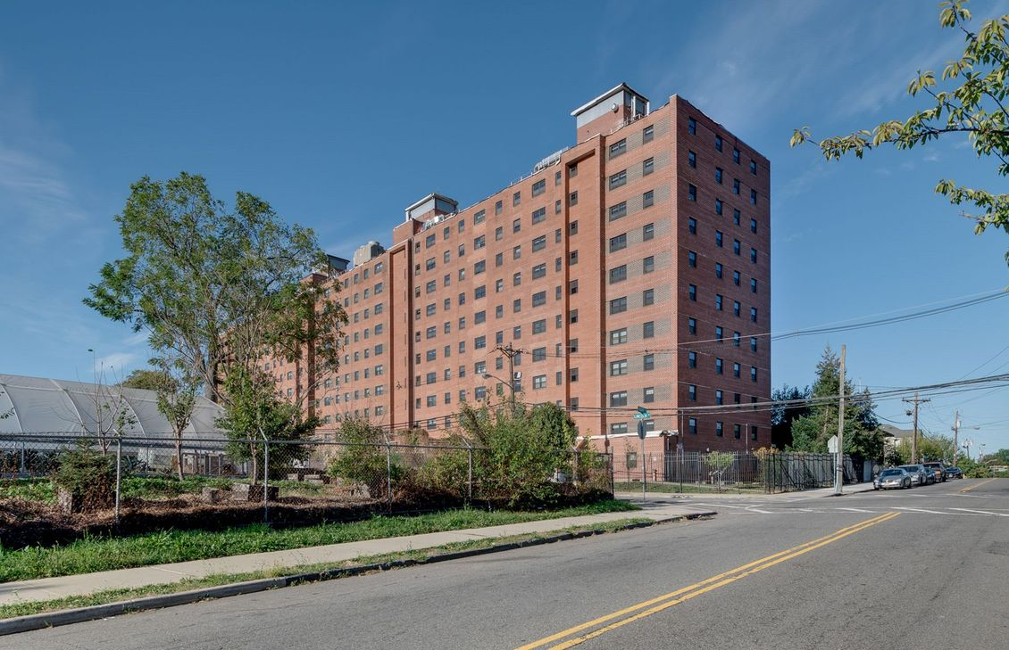 Image of Lincoln Park Towers in Newark, New Jersey