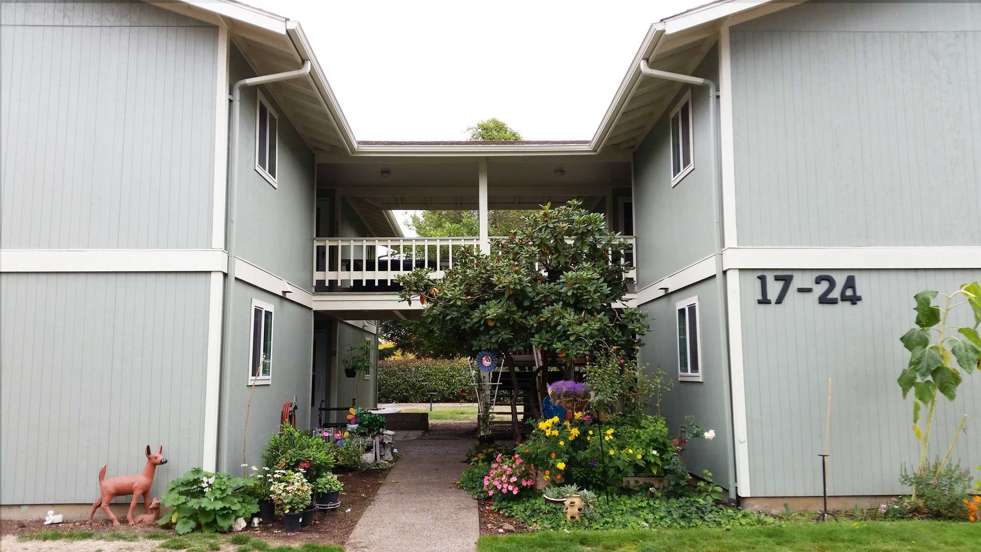Image of Santiam Terrace Apartments
