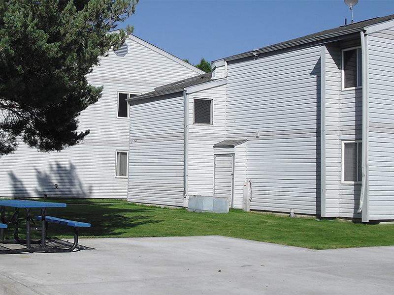 Image of Pondside Gardens in Saint Anthony, Idaho