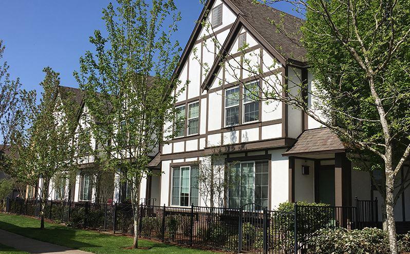 Image of Renaissance Court in Wilsonville, Oregon