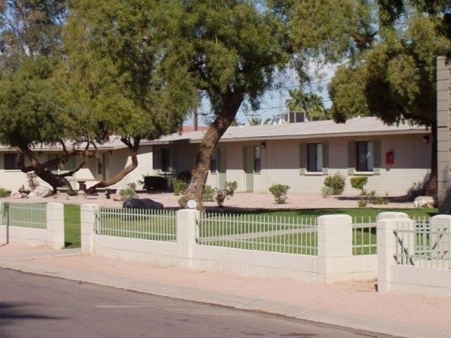 Image of Paradise Village Apartments in Phoenix, Arizona